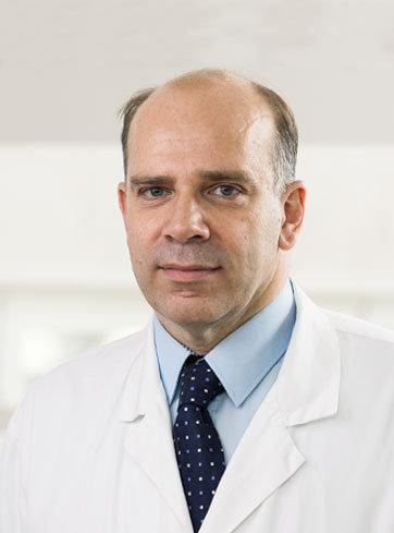 Dr-Mladen-Jovanovic-thegem-portfolio-metro Zakažite hirurško uklanjanje benignih promena